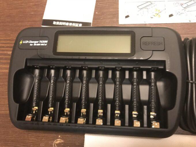 Amazonベーシックの充電池とTGXの充電器